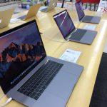 MacBook Pro(2016)TouchBar付きのデモ機を触ってきた!~旧型の比較も~